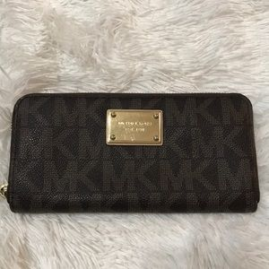 Michael Kors brown leather Hamilton Wallet